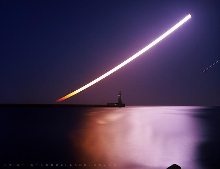 Andy Martin - Moonrise over Roker